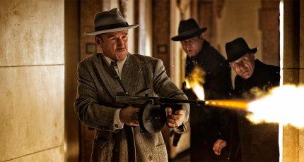 Банька и никакого компромисса - фильм «Охотники на гангстеров»