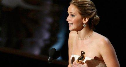 Дженнифер Лоуренс на церемонии вручения премии «Оскар – 2013»
